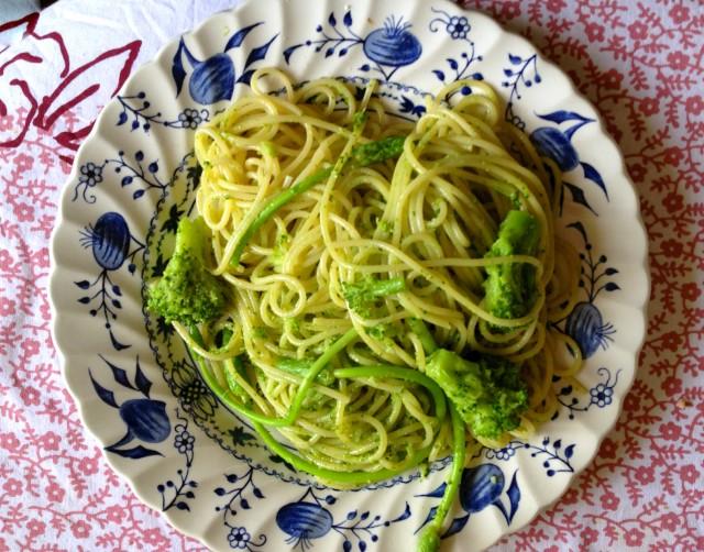 Spaghetti collier broccoli