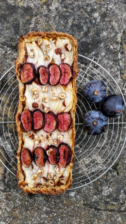 tarte-figues-poires-pommes-noisettes