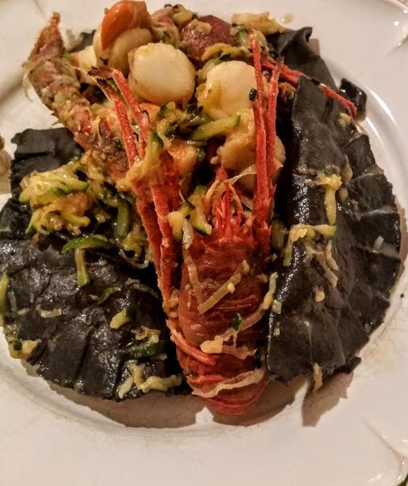 ravioli-noirs-de-seiche-et-petoncle